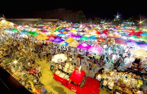 Vivid scene at Bangkok night market in Saigon City